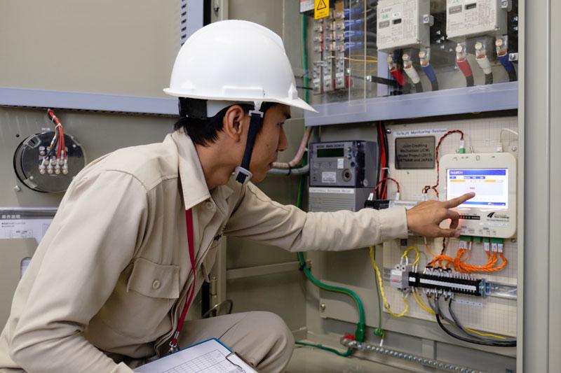 Bảo trì hệ thống kỹ thuật tòa nhà chuyên nghiệp với đội ngũ kỹ sư nhiều năm kinh nghiệm.