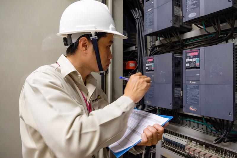 Bảo trì hệ thống thiết bị công nghiệp tại HCM và Hà Nội.