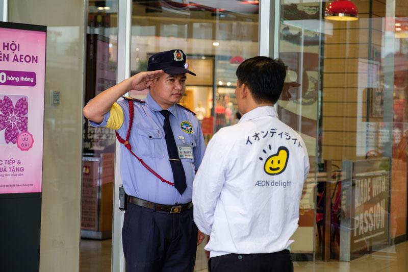 Dịch vụ bảo vệ an ninh TPHCM chuyên nghiệp uy tín.